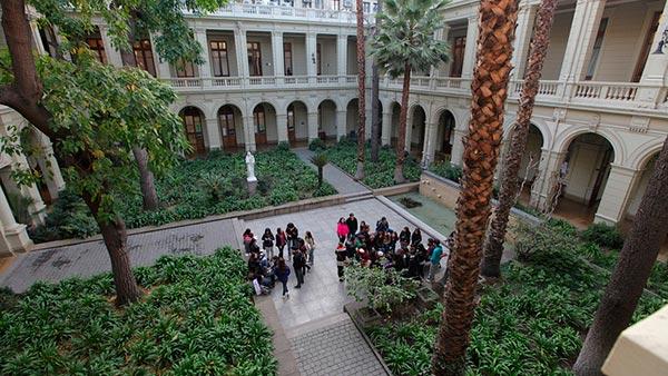Universidad Catolica de Chile, entre as melhores universidades da América Latina