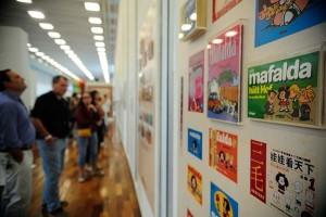 Mafalda e fotógrafa Adriana Lestido têm mostras durante Bienal do Livro no Rio