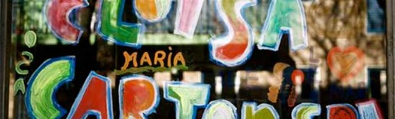 Livros feitos com papelão da editora argentina Eloísa Cartonera