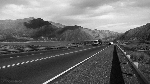Estrada em Mendoza