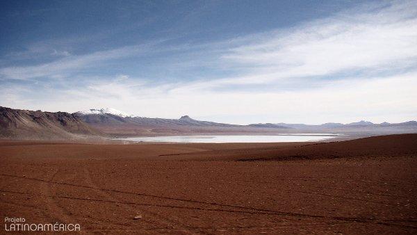 Caminho próximo a Uyuni, Bolívia.
