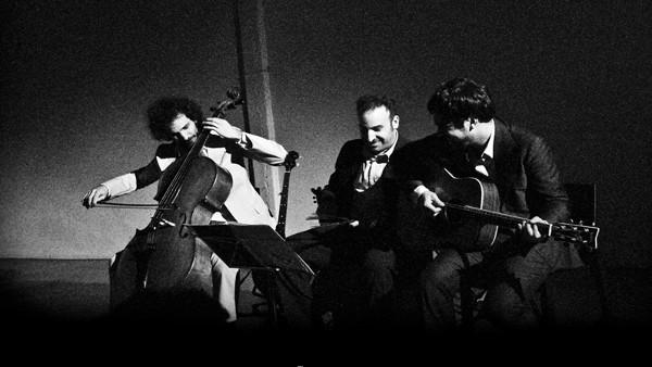 Alvy, Nacho & Rubin Interpretan a Los Campos Magnéticos
